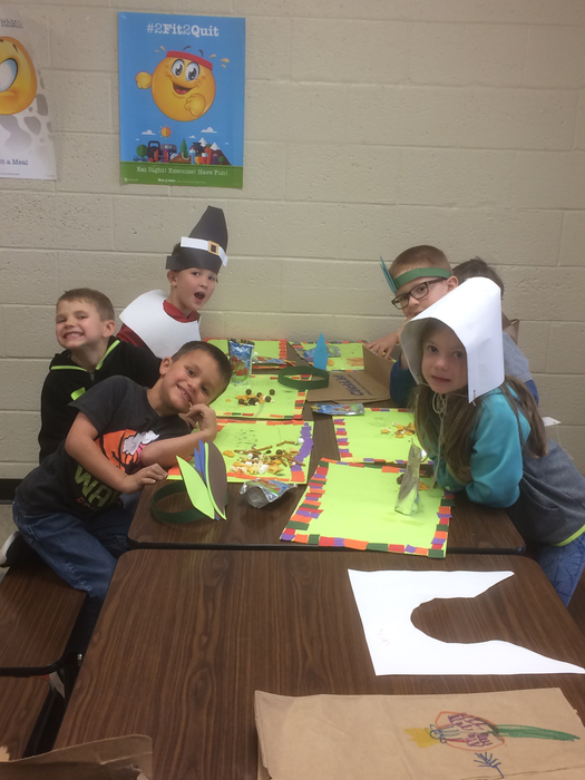 Kindergarten students made their own place mats.
